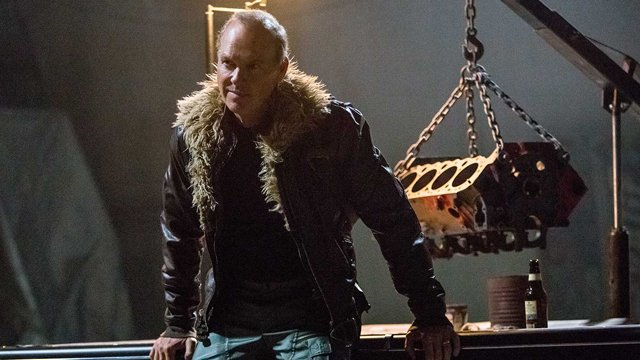 A new Spider-Man: Homecoming video explore the film's big bad. Take a behind the scenes look at Michael Keaton's Adrian Toomes with a Vulture featurette.