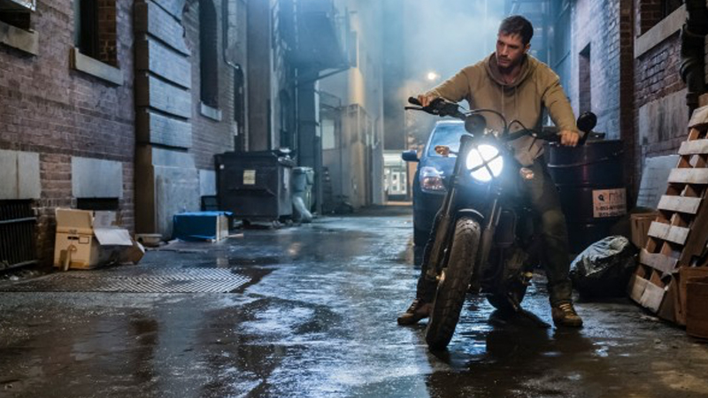 Tom Hardy on why (and how) Bane would beat Venom