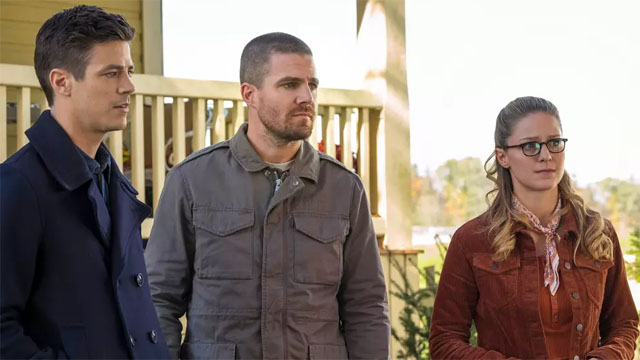 "The Flash Season 5 Episode 9: ""Elseworlds – Part 1"" Recap"